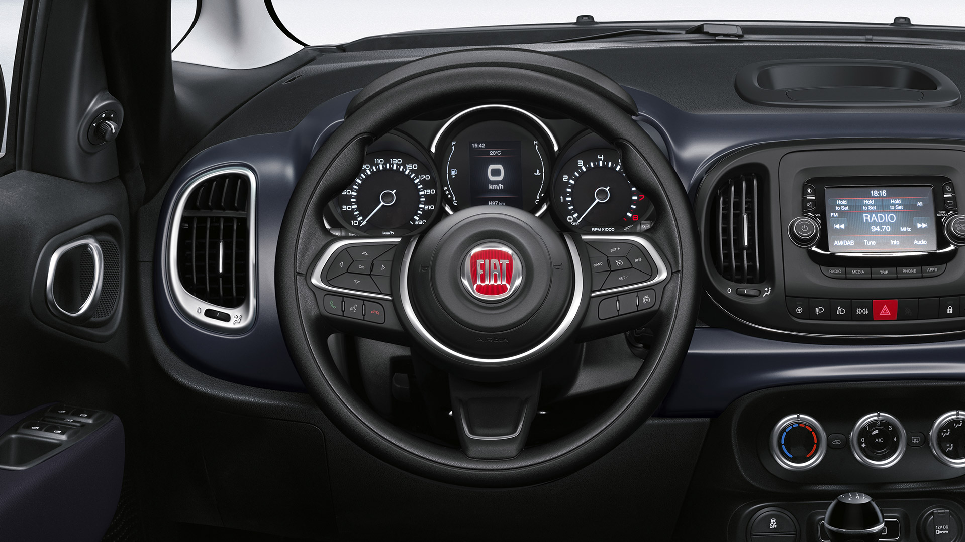 black-foamed-steering-wheel-w-controls